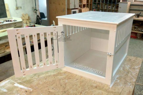 Клетка для собаки в квартиру-из-дерева