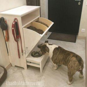 комод-с-мисками-для-кормления-собак-и-ящиком-для-корма