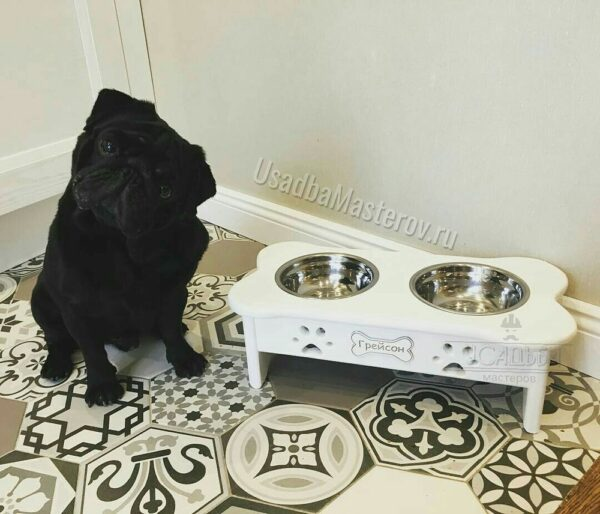 Миска на деревянной подставке для собак и кошек – Косточка
